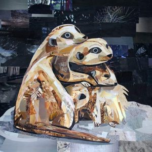 Cuddling-Meerkats