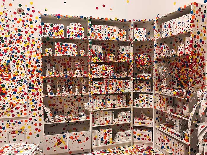 Yayoi Kusama: Infinity Mirrors exhibit